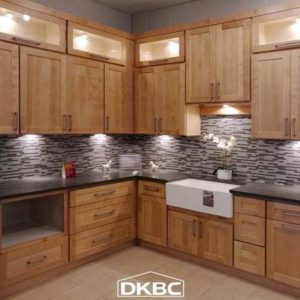 Natural Maple Shaker Style kitchen Cabinets (M47)-0