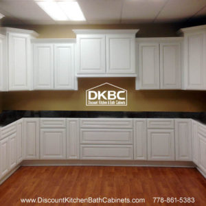 Royal White Glazed P23 kitchen
