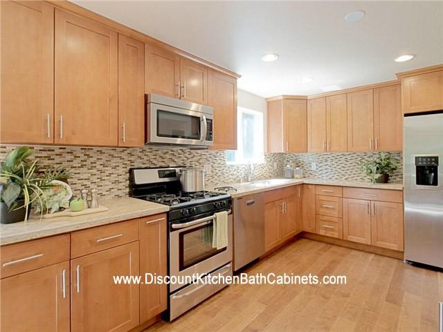 Pecan Shaker Maple Kitchen Cabinets M38 Dkbc Discount Kitchen Bath Cabinets